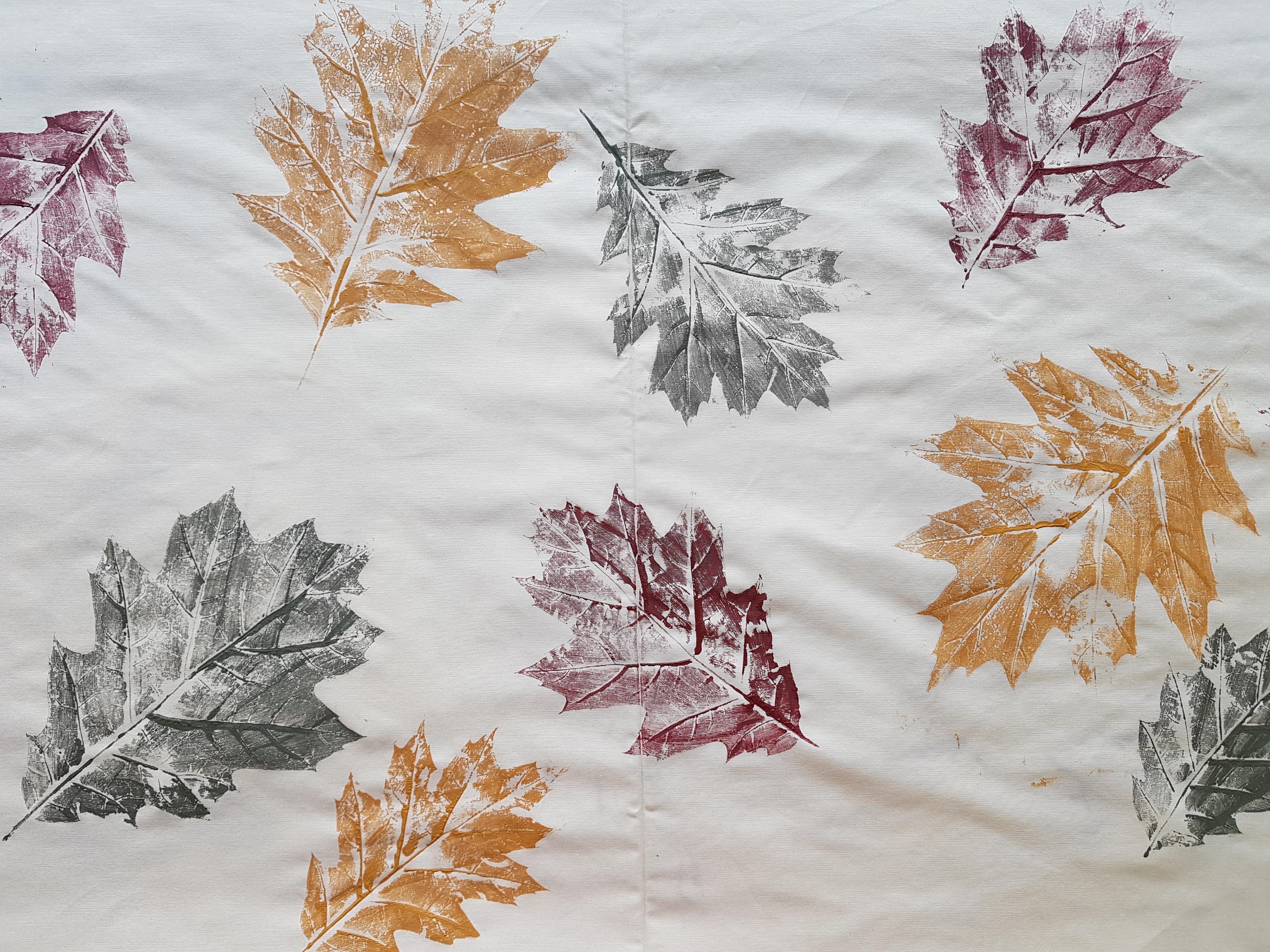 Bladeren print op stof