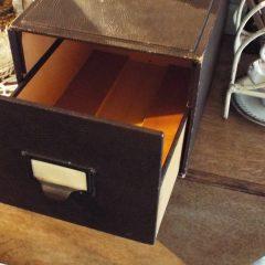 oude doos met lade