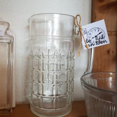 Glazen waterkan