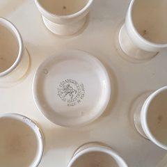 maastrichts aardewerk eierdoppen set