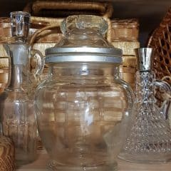 Oude glazen pot