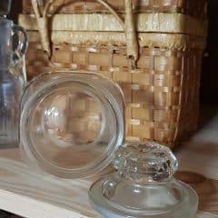brocante glazen pot met stolpdeksel
